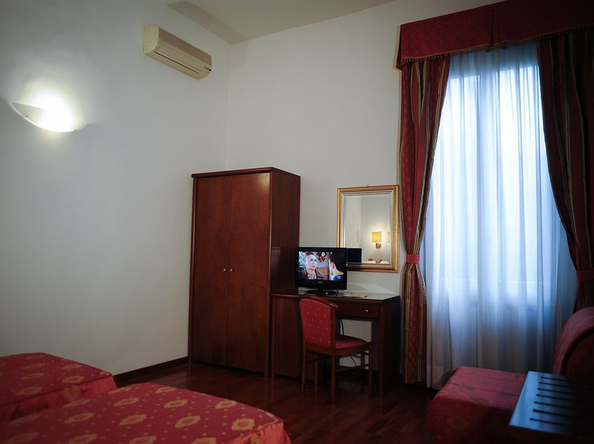 Room Hotel Accademia Florence