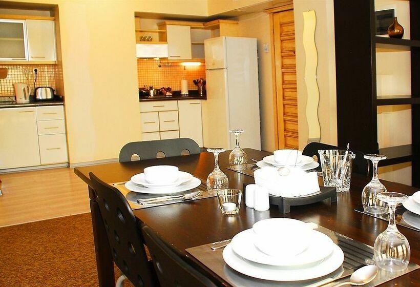 Cuisine Hotel The Residence Gayrettepe Istanbul