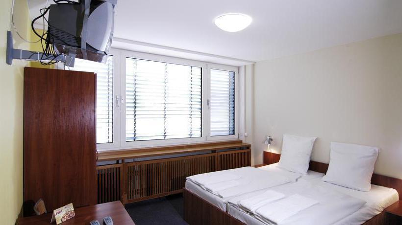 Hotel A&O Hamburg Hammer Kirche Hamburgo