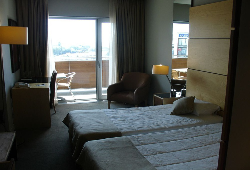 Quarto Hotel VIP Executive Azores Ponta Delgada