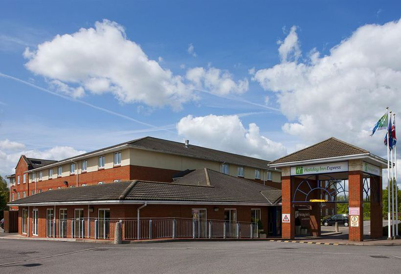 Hôtel Holiday Inn Express Gloucester-South M5, JCT.12