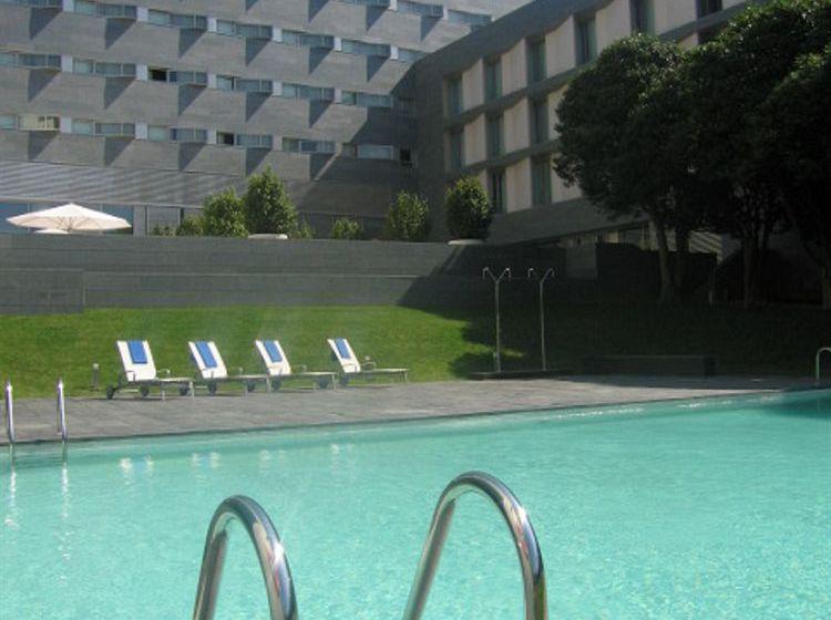 ホテル NH Collection Santiago de Compostela サンティアゴ・デ・コンポステーラ