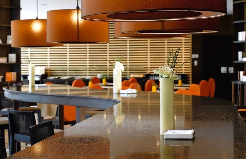 فندق NH Sant Boi سانت بوي دي يوبريغات