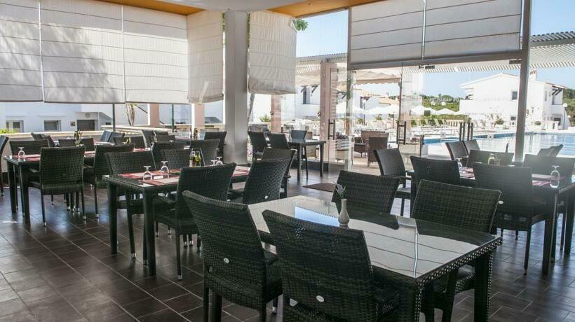 Restaurante Apartamentos Los Naranjos S'Algar