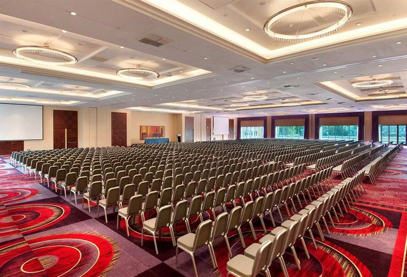 Hilton Warsaw Hotel & Convention Centre Varsovia
