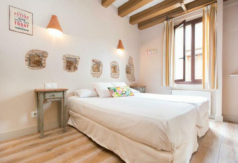 Apartamentos AinB Gothic Jaume I Barcelona