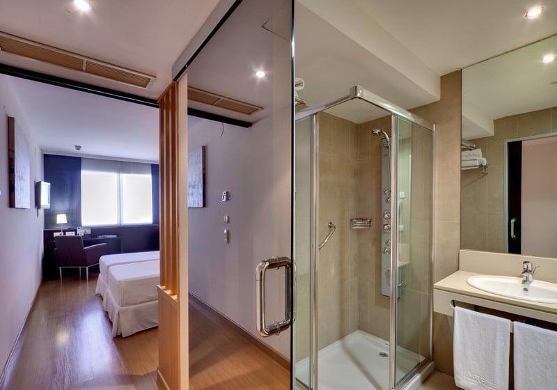욕실 호텔 Occidental Cádiz 카디스