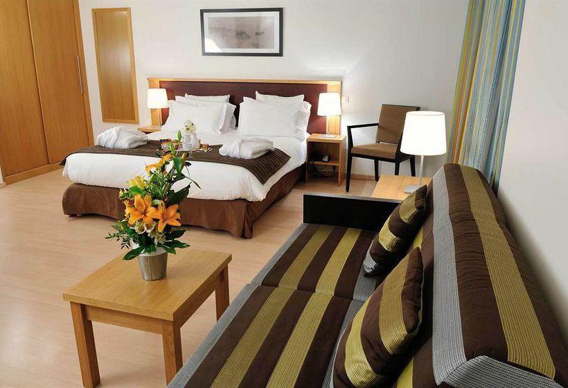 appart 39 h tel residhome paris massy massy partir de 35 destinia. Black Bedroom Furniture Sets. Home Design Ideas