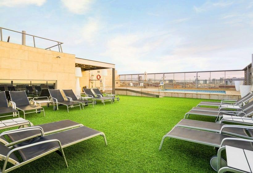 מראה חיצוני בית מלון כפרי Ilunion Barcelona ברצלונה