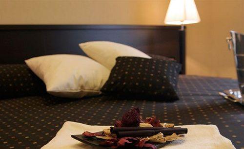 Hotel Latinum In Rome Starting At 21 Destinia