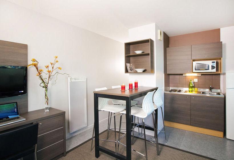 sejours et affaires lille europe lille lille partir de 26 destinia. Black Bedroom Furniture Sets. Home Design Ideas