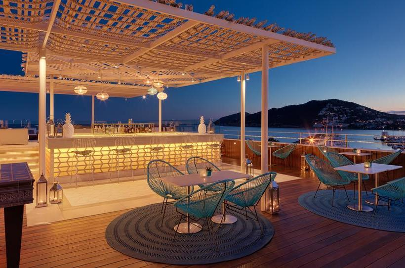 Aguas de ibiza lifestyle spa small luxury hotels of the for Small leading hotels of the world