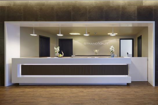 strandgut resort sankt peter die besten angebote mit destinia. Black Bedroom Furniture Sets. Home Design Ideas