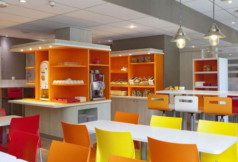 hotel premi re classe roissy villepinte parc des expositions in villepinte starting at 15. Black Bedroom Furniture Sets. Home Design Ideas