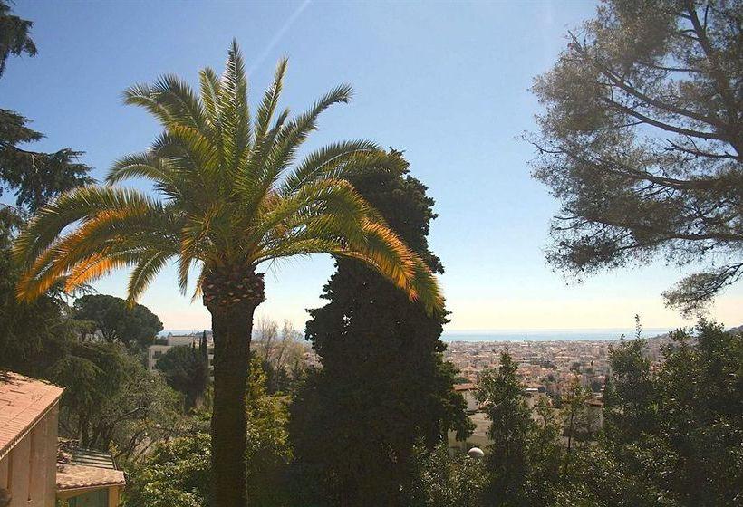 Albergue Villa Saint Exupery Gardens Niza