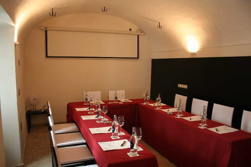 Hotel boutique spa adealba in merida starting at 18 for Boutique spa hotels uk