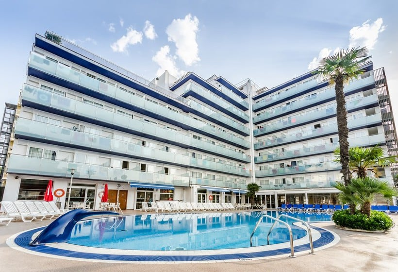 Swimming pool Hotel Mar Blau  Calella