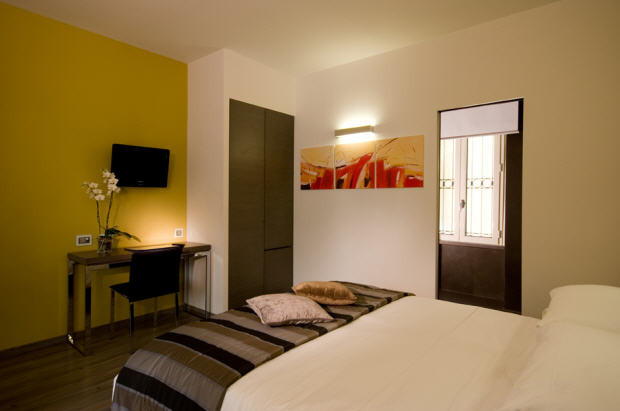 Stylish room hotel in rome starting at 22 destinia for Stylish hotel rooms