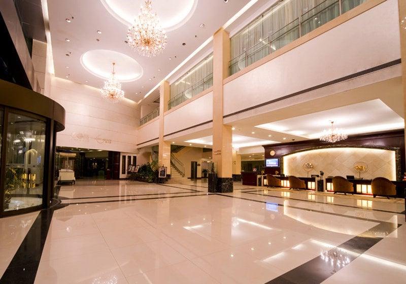 Hotel Ramada Plaza Sino Bay Shanghai Em Xangai Desde 30