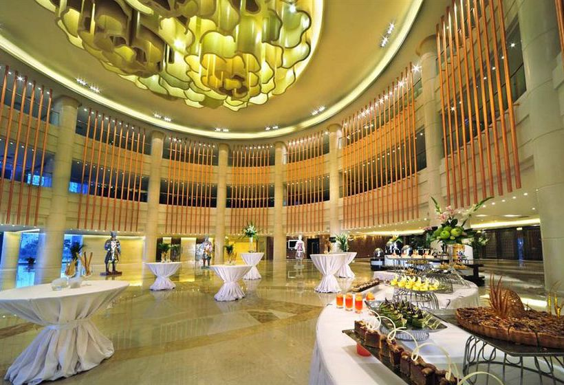 Kempinski Hotel Xi'an , Xi'an Les Meilleures Offres Avec. Kosmitis Hotel. Berghotel Hoher Knochen. Sheraton Gateway Toronto Hotel. Strand Appartements Residenz Hotel. Abasto Hotel. The Grainstore Apartments. Apartments On Star. Small Luxury And Spa Hotel Savoy