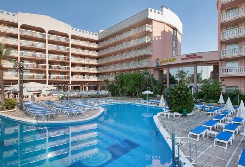 Swimming pool Hotel Dorada Palace Salou
