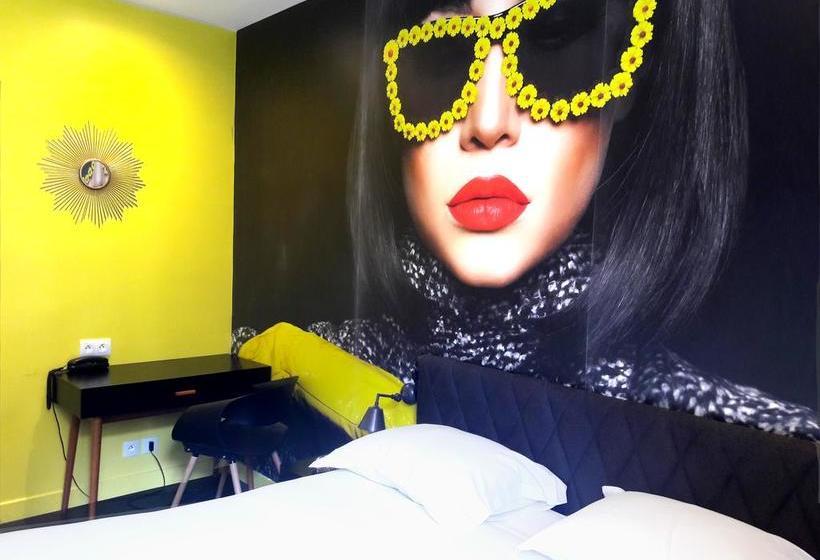 Le Glams Hotel Rue Beaunier Paris