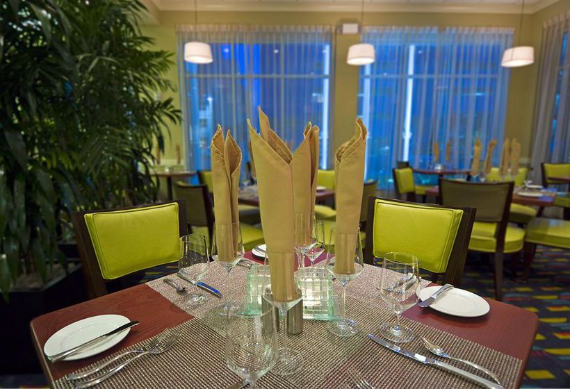 Hotel Hilton Garden Inn Tampa Airport Westshore Em Tampa Desde 55 Destinia