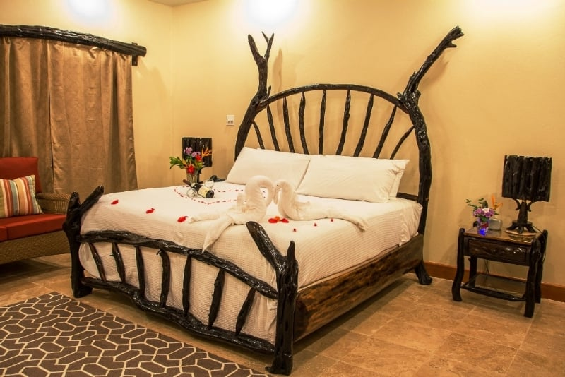 belize city black personals Belize city tourism: tripadvisor has 31,139 reviews of belize city hotels, attractions, and restaurants making it your best belize city resource.