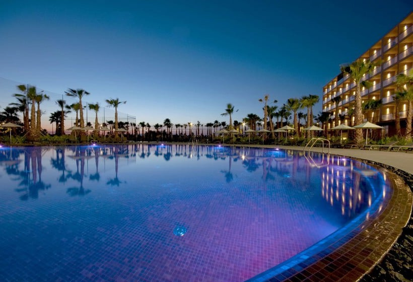 Swimming pool Hotel Salgados Palace Albufeira
