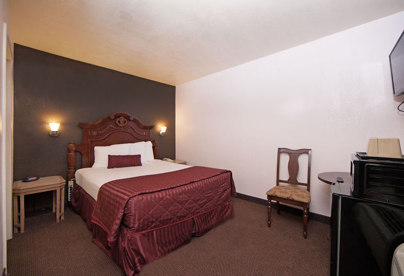 hotel anaheim discovery inn suites em anaheim desde 48. Black Bedroom Furniture Sets. Home Design Ideas