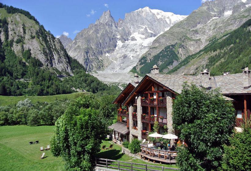 H tel auberge de la maison courmayeur partir de 131 for Auberge de la maison courmayeur italie