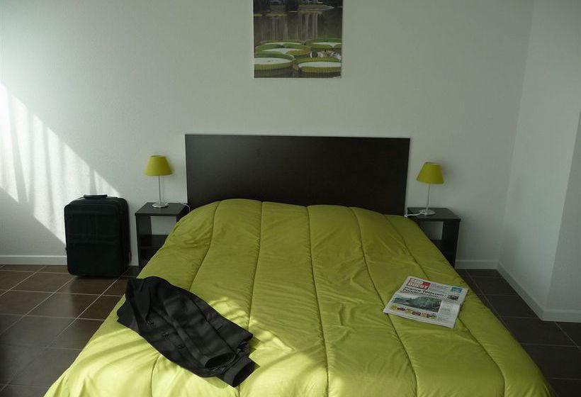 all suites appart 39 h tel pau em pau desde 23 destinia. Black Bedroom Furniture Sets. Home Design Ideas