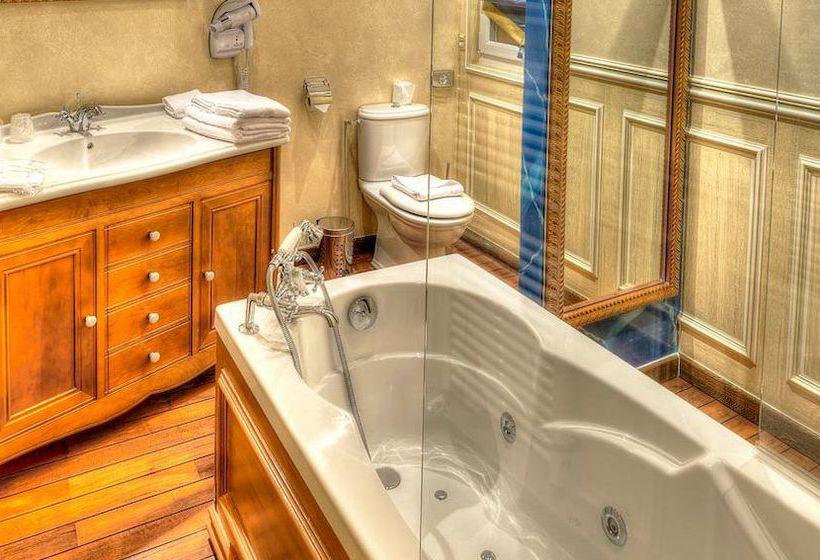 h tel villa aultia ault partir de 116 destinia. Black Bedroom Furniture Sets. Home Design Ideas