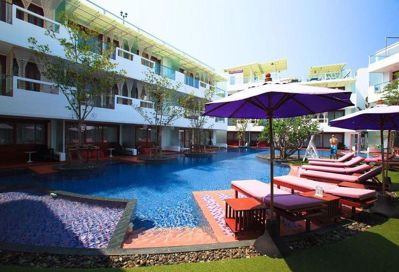 Hotel The Sea