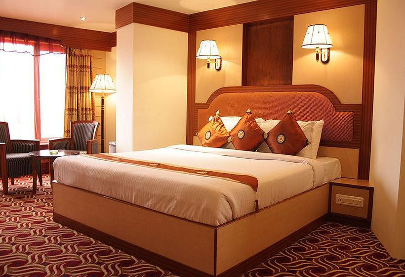 Hotel The Checkers Chennai