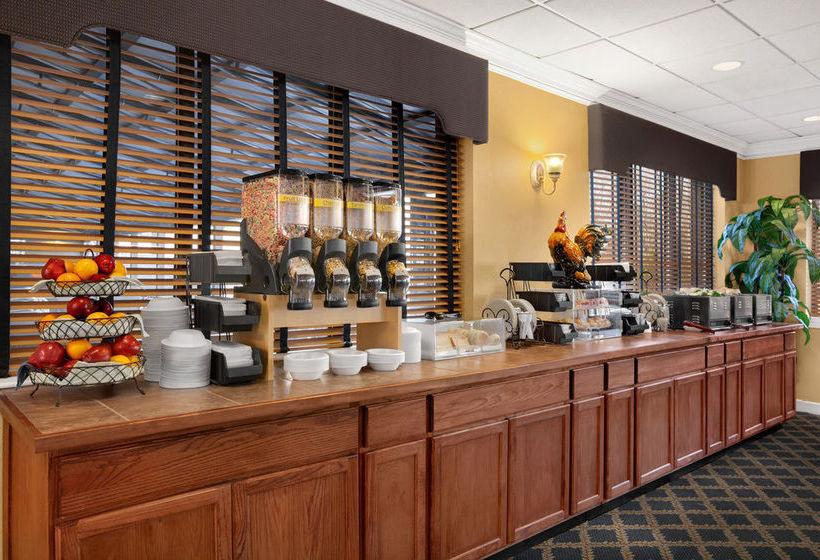Days Hotel Williamsburg Busch Gardens Area Williamsburg Les Meilleures Offres Avec Destinia