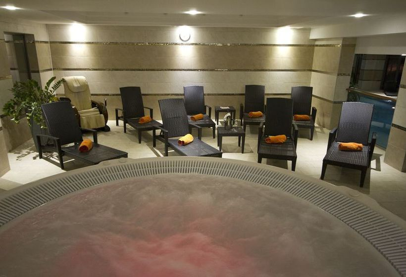 Divinus Hotel Debrecen ديبرسن