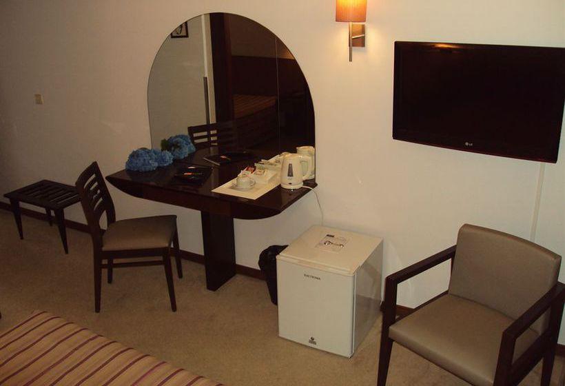 ホテル Nova Cruz Santa Maria da Feira