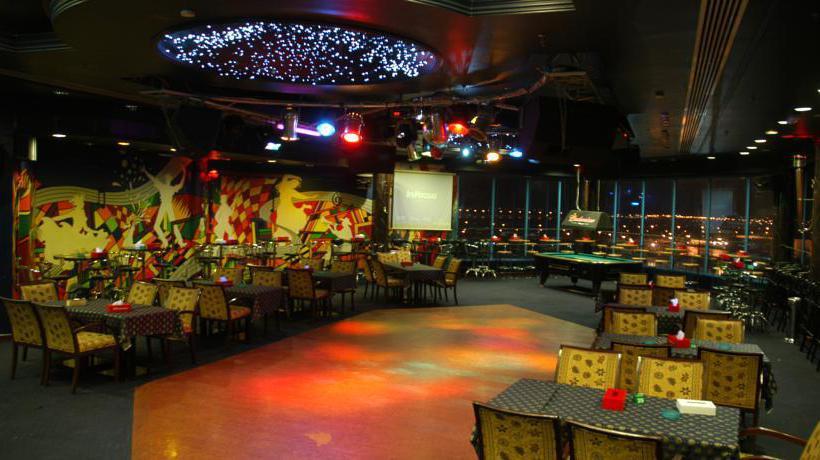 مطعم Phoenicia Tower Hotel المنامة