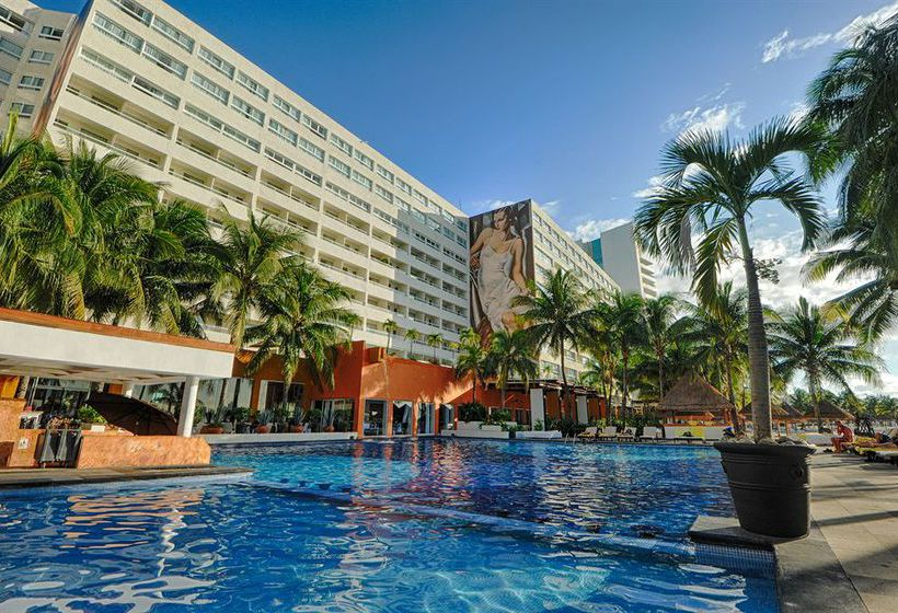 Grand Oasis Viva Resort S Only Cancun