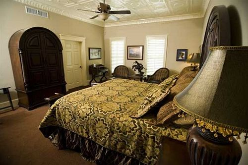 Grand Hotel Mckinney History