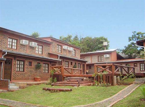 Отель La Strada Residencial Iguazu Falls National Park