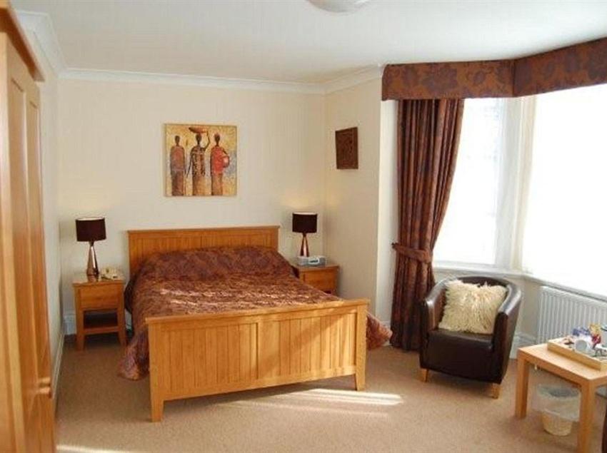 Отель Lennox Lea  & Apartments Манчестер