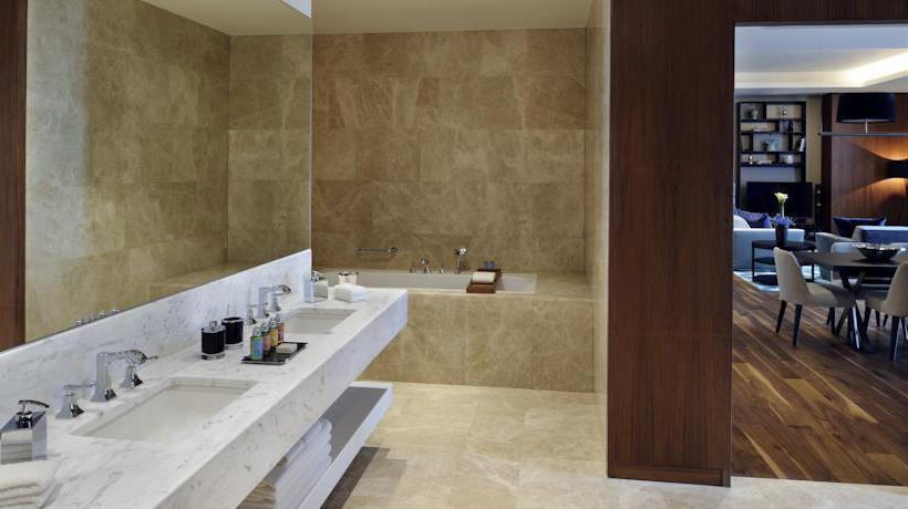 Cuarto de baño Istanbul Marriott Hotel Sisli  Estambul