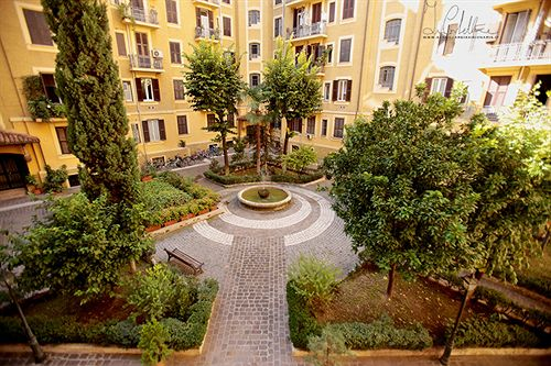 Bed and breakfast residenza mazzini in rome starting at for Piazza mazzini roma