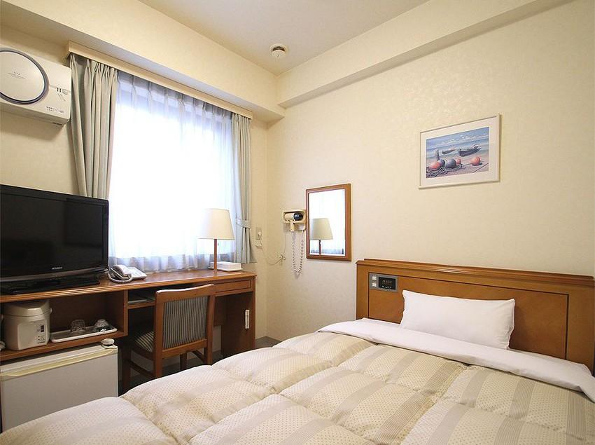 Hotel Route-inn Naha Izumizaki Okinawa Island