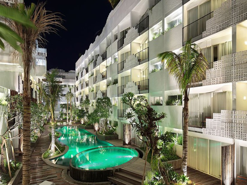 Hotel the akmani legian in kuta starting at 13 destinia for Hotels in legian bali