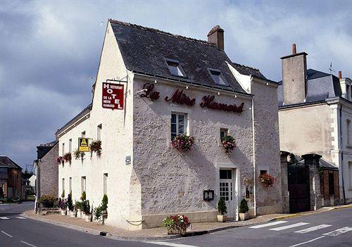 Hotel hostellerie de la m re hamard beaumont la ronce as for Garage beaumont la ronce