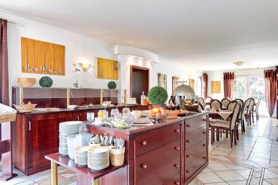 arthotel mare scharbeutz the best offers with destinia. Black Bedroom Furniture Sets. Home Design Ideas