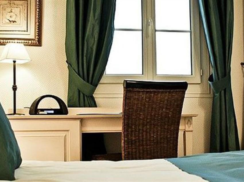 Hotel auberge c t jardin in conilhac corbieres starting for Auberge cote jardin conilhac corbieres